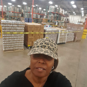 Kertrina helps out at the food bank in Dallas